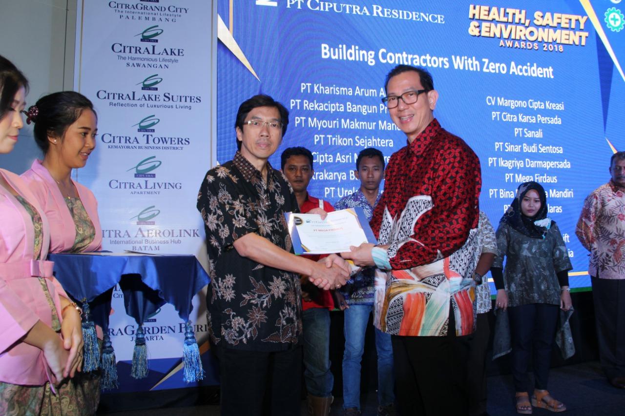 4th HSE Awards 2018 Tahap Pendewasaan Budaya Health, Safety & Environment PT Ciputra Residence