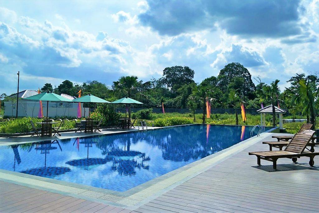 Kolam Renang - Club House